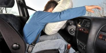 Khuyến cáo mang lại sự an toàn về túi khi xe hơi